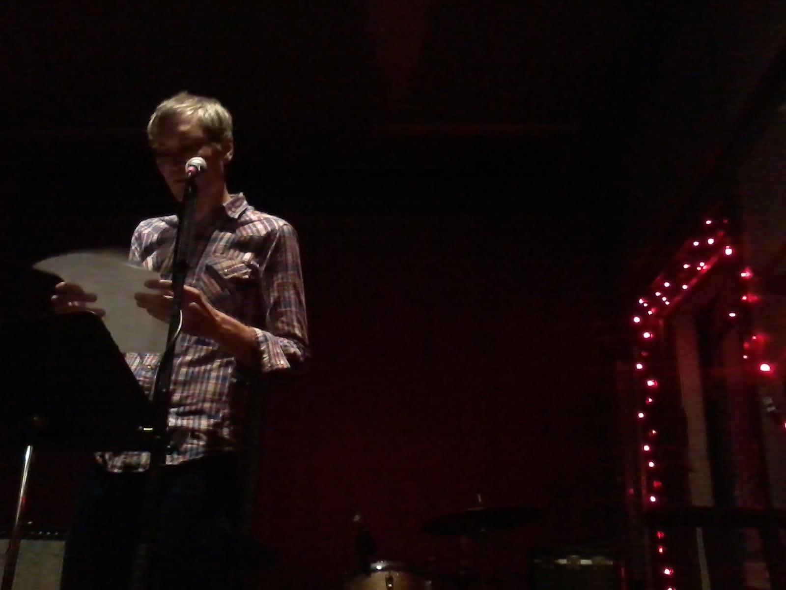 Joel Craig reading at Rozztox